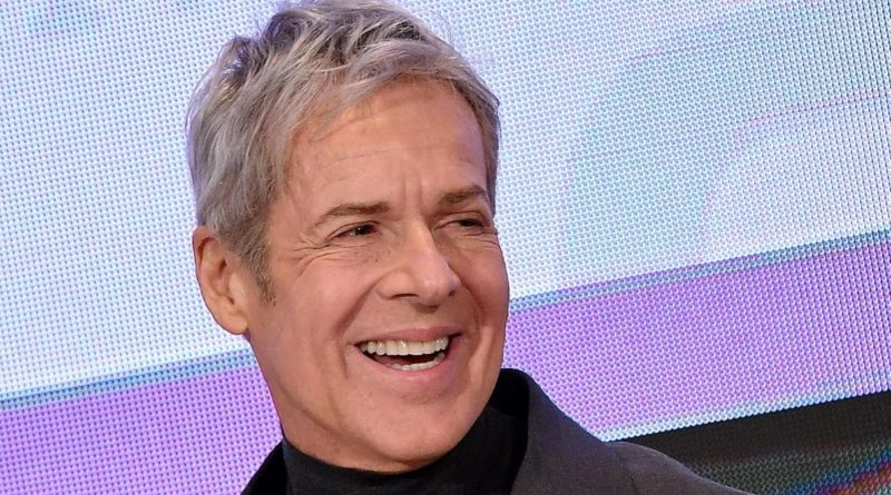 Conduttori di Sanremo 70. Claudio Baglioni