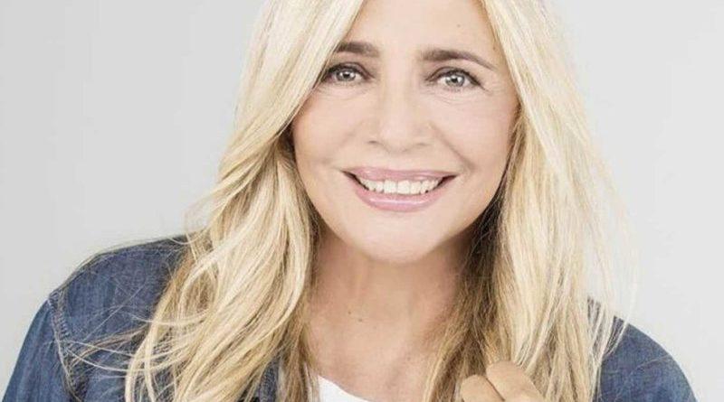 Conduttori di Sanremo 70. Mara Venier