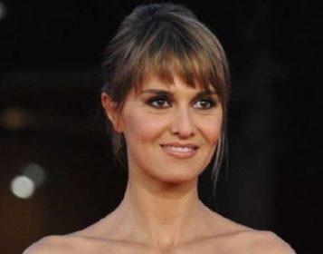 Conduttori di Sanremo 70. Paola Cortellesi