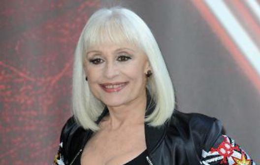Conduttori di Sanremo 70. Raffaella Carrà