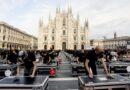Bauli in piazza: a Milano la protesta dei lavoratori dello spettacolo