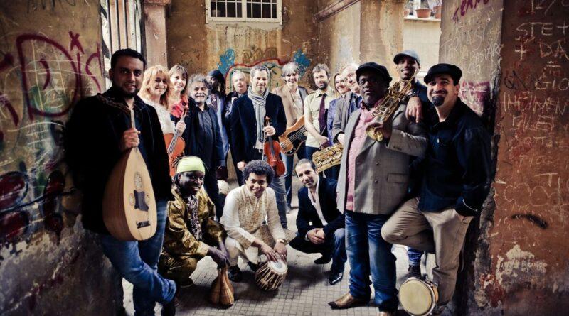 l'Orchestra di Piazza Vittorio è tornata a far sentire la propria voce dal vivo